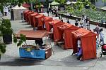 Selské trhy za pavilonem A na olomouckém výstavišti Flora