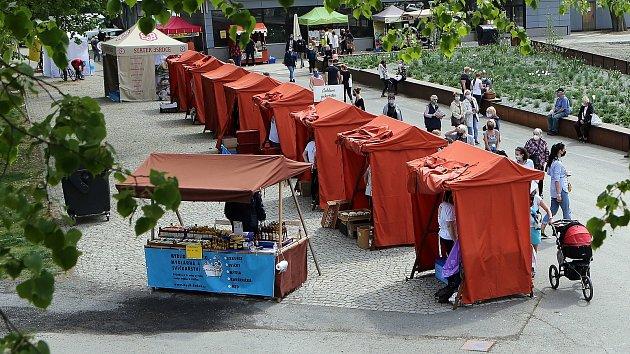 Selské trhy za pavilonem Ana olomouckém výstavišti Flora