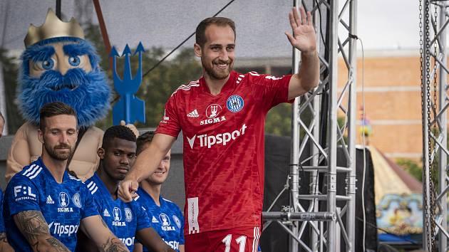 Fotbalisté Sigmy Olomouc představili kádr i nové dresy.
