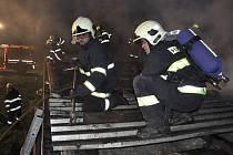 V Senici na Hané hořela v pondělí odpoledne hala pro chov prasat.