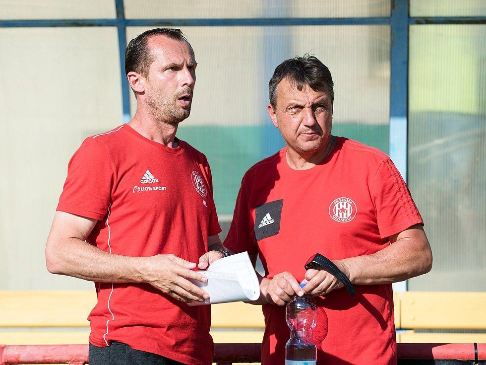 Trenér Sigmy Radoslav Látal (vlevo)