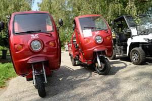 Moderní elektromobily postupně nahradí dosluhující multikáry.