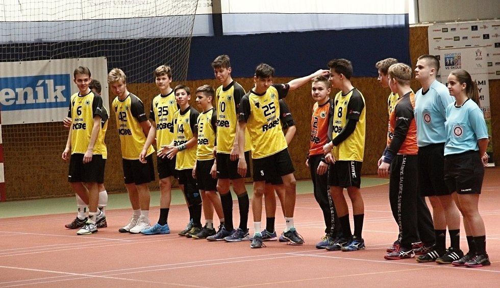 Velká Bystřice hostila finále Sportovní ligy škol o Pohár MŠMT.Tým ZŠ Zubří ve finále porazil ZŠ Antonína Baráka Lovosice.