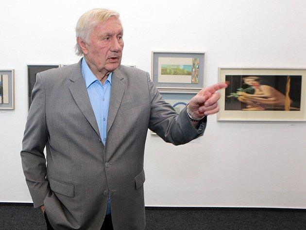 Výstava koláží světoznámého umělce Jiřího Koláře ze sbírky Jana Kukala (na snímku) v olomoucké galerii Patro.