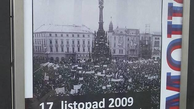 Plakát na oslavy výročí 17. listopadu v Olomouci