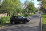 Řidiči vjíždějí do uzavřené Erenburgovy ulice