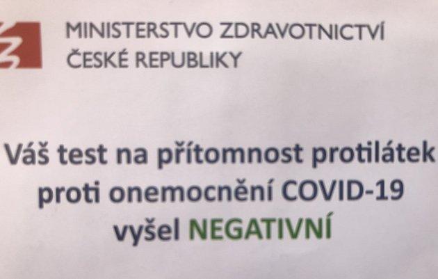 Negativní. Protilátky nejsou. Stímto závěrem odcházejí otestovaní lidé zodběrných míst na Olomoucku. Pozitivních bylo doposud jen několik málo případů.