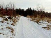 Zima pod Jedovou, cesta z vrcholu do Pohořan