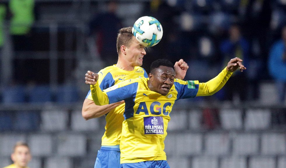SK Sigma - Teplice 1:0. Michal Jeřábek a Daniel Soune Soungole.