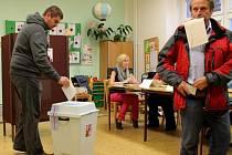 Druhý den voleb na ZŠ Gorkého ve Chválkovicích