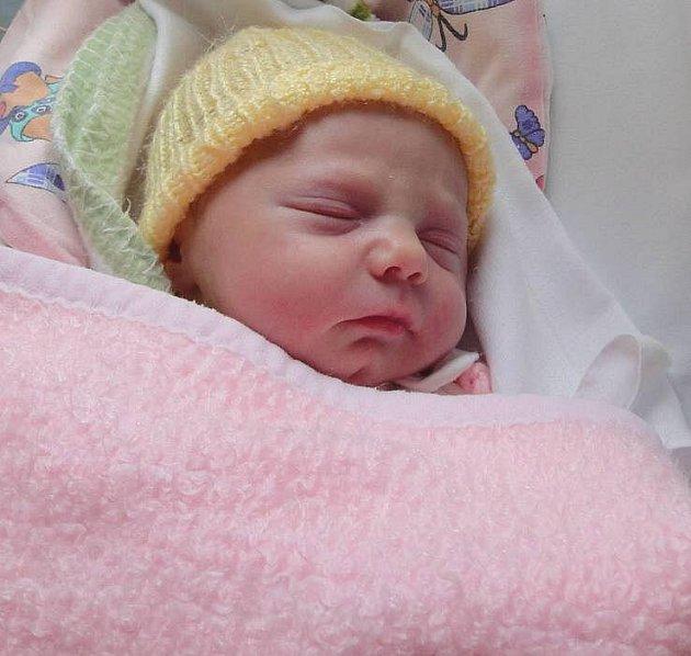 Amélie Mrázková, Olomouc, narozena 15. února v Olomouci, míra 49 cm, váha 3040 g