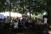 Guláš voní celou v sobotu Zámeckou zahradou ve Velkém Týnci na Olomoucku. Až do večera se tam konají Pivní a gulášové slavnosti, letos jubilejní, už desátý ročník.