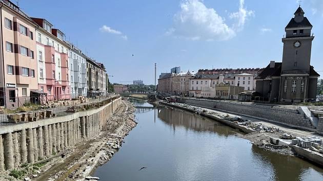 Stavba protipovodňových opatření v centru Olomouce, konec června 2021