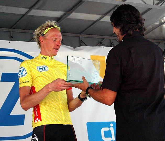 Czech Cycling Tour v cíli v Olomouci: vítěz Stanislav Kozubek - PSK Whirpool-Author