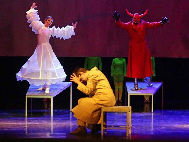 Opera Pád Antikrista v Moravském divadle Olomouc