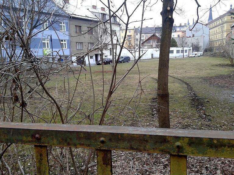 Parčík mezi ulicemi Franklinova a Koželužská v centru Olomouce