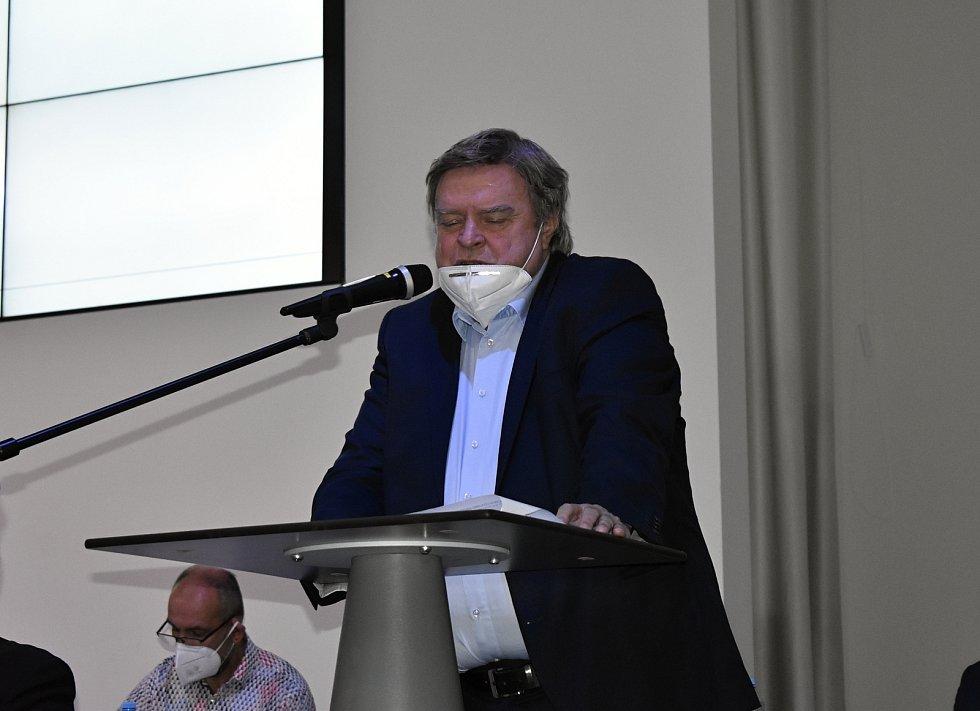 Volební valná hromada Olomouckého krajského fotbalového svazu v BEA centru. Pavel Nezval, člen VV FAČR a Předseda Řídící komise pro Moravu. 31.3. 2021