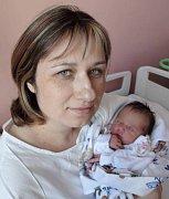 Radka Mutinová, Grygov, narozena 7. května v Olomouci, míra 50 cm, váha 3260 g.
