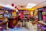 Cocktail bar OSA slaví dvacet let.