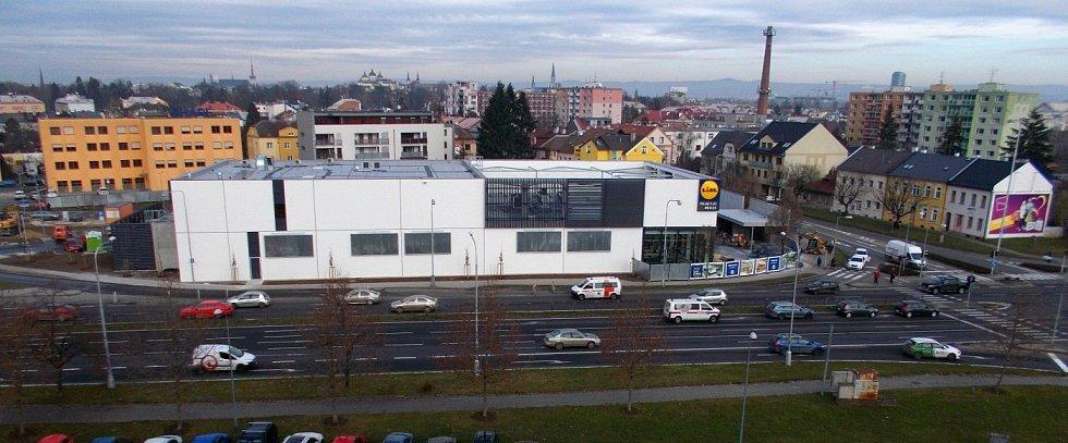 Přestavěný supermarket Lidl ve Velkomoravské ulici v Olomouci před otevřením. 9. prosince 2020