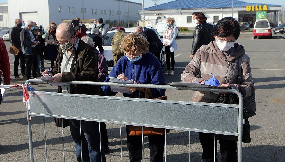 Odběry na plošné koronavirové testy v Litovli. Pátek 24.4.2020
