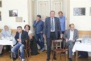 Debata s lídry politických stran v salonu Městského domu v Přerově