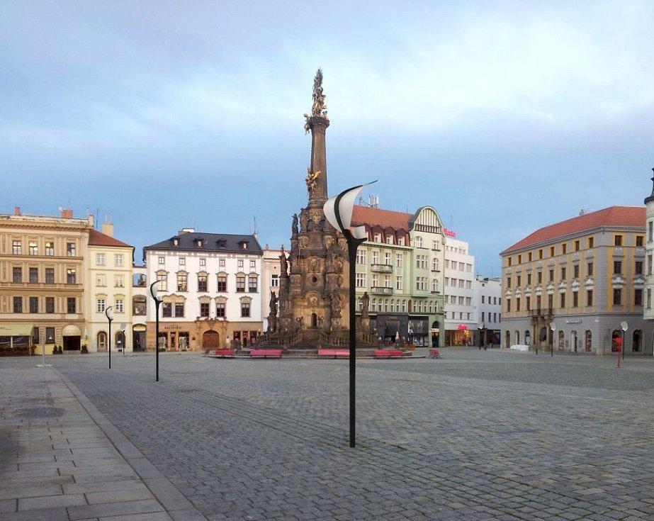 """""""Plácačky"""". Vizualizace rozmístění původních lamp z projektu rekonstrukce Horního náměstí v Olomouci"""