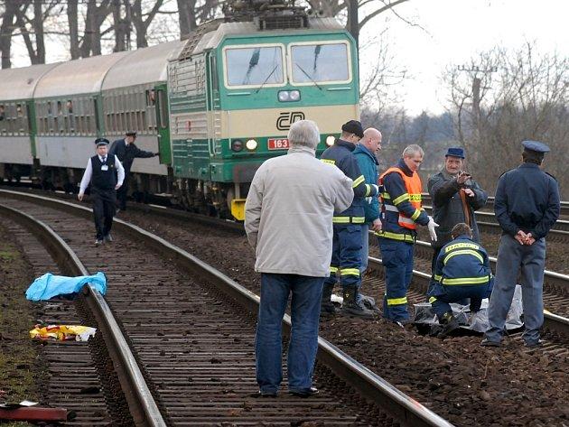 Smrtelná nehoda na kolejích.
