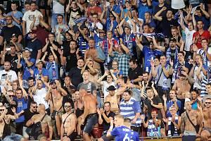 Sigmácký vrchol roku 2018: našlapaný a bouřící Andrův stadion sledoval parádní bitvu modrobílých s hvězdnou Sevillou