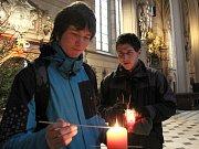 Betlémské světlo v katedrále sv. Václava v Olomouci