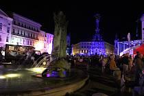 Velkolepou podívanou mohli zhlédnout v pátek večer na Horním náměstí Olomoučané.