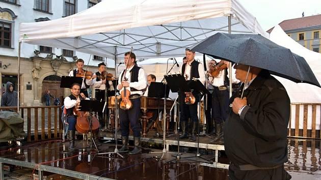 Oslavy maršála Radeckého v Olomouci - vystoupení Vojenského uměleckého souboru Ondráš