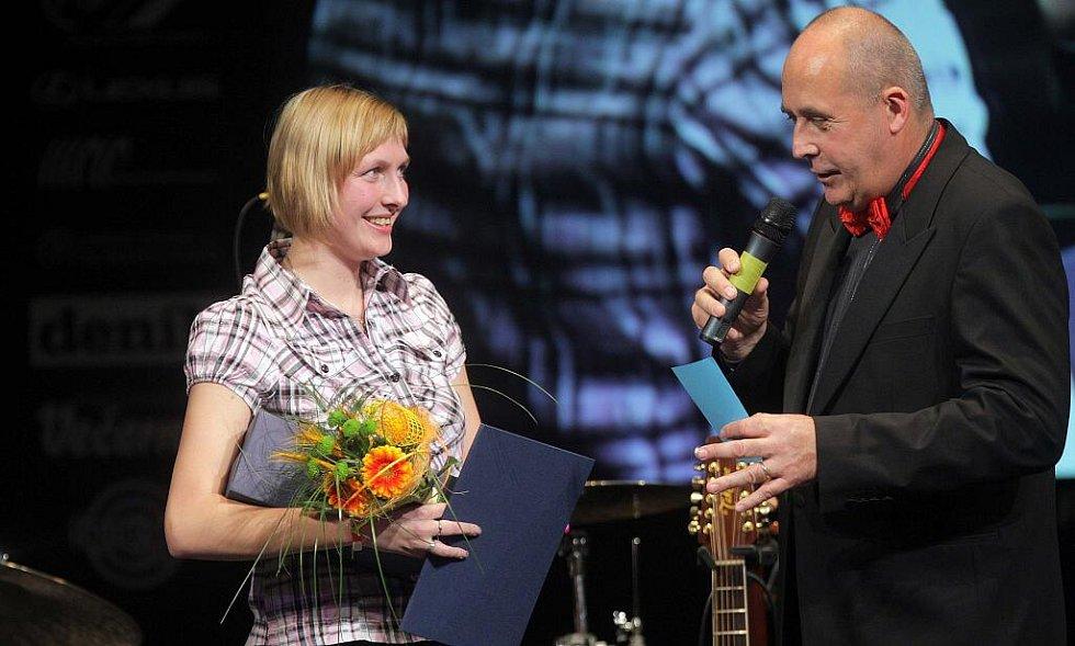 Z vyhlášení ankety o nejlepšího sportovce Olomouckého kraje za rok 2010 - - kuželkářka Hana Wiedermanová kralovala v kategorii juniorů