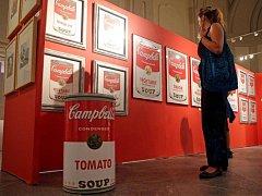 Výstava děl Andyho Warhola ve Vlastivědném muzeu v Olomouci