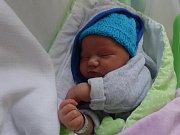 Šimon Doležal, Vrbátky, narozen 2. února, míra 52 cm, váha 3790 g