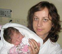 Julie Pechová, Majetín, narozena 28. května v Olomouci, míra 50 cm, váha 3130 g