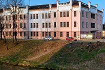 Bývalá budova zemědělské školy na Gorazdově náměstí se měla změnit v Evropský dům