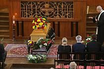 Poslední rozloučení s historikem Milanem Tichákem v husitském kostele v Olomouci