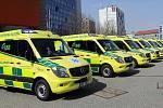 Nové sanitky značky Mercedes pro záchranou službu Olomouckého kraje.