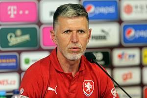 Trenér Jaroslav Šilhavý na tiskové konferenci před zápasem Česko - Černá Hora v Olomouci