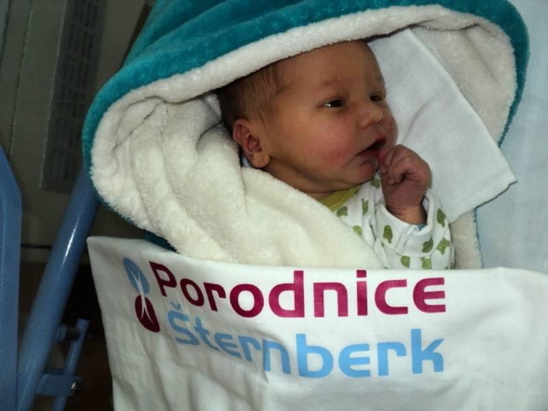Robin Müller, Moravičany, narozen 5. října 2021 ve Šternberku, míra 51 cm, váha 3730 g