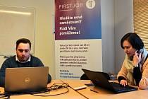 Odborný asistent Jan Navrátil a lektorka Jitka Weigelová z projektu First Job