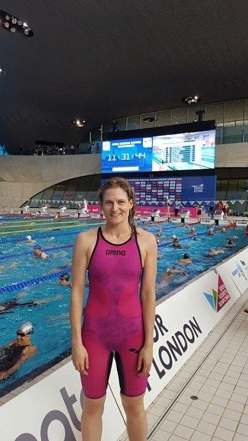 Životního úspěchu na Mistrovství Evropy Masters vLondýně dosáhla plavkyně Vendula Antošová zOlomouce. Na stometrové trati získala zlato.