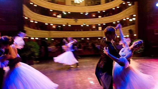 Ples v Moravském divadle Olomouc
