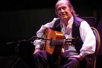 Mezinárodní festival Colores Flamencos - španělský kytarový virtuóz Paco de Lucía s doprovodem