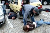 Zátah na podezřelé z distribuce a výroby drog v Litovli