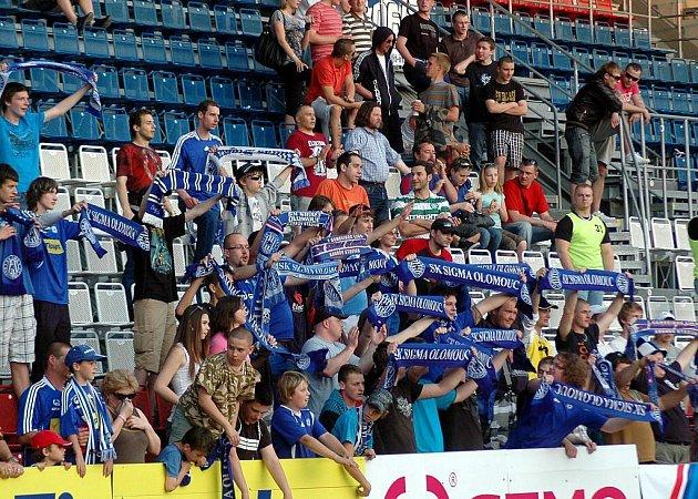 Fanoušci Sigmy v domácím pohárovém duelu se Slávií
