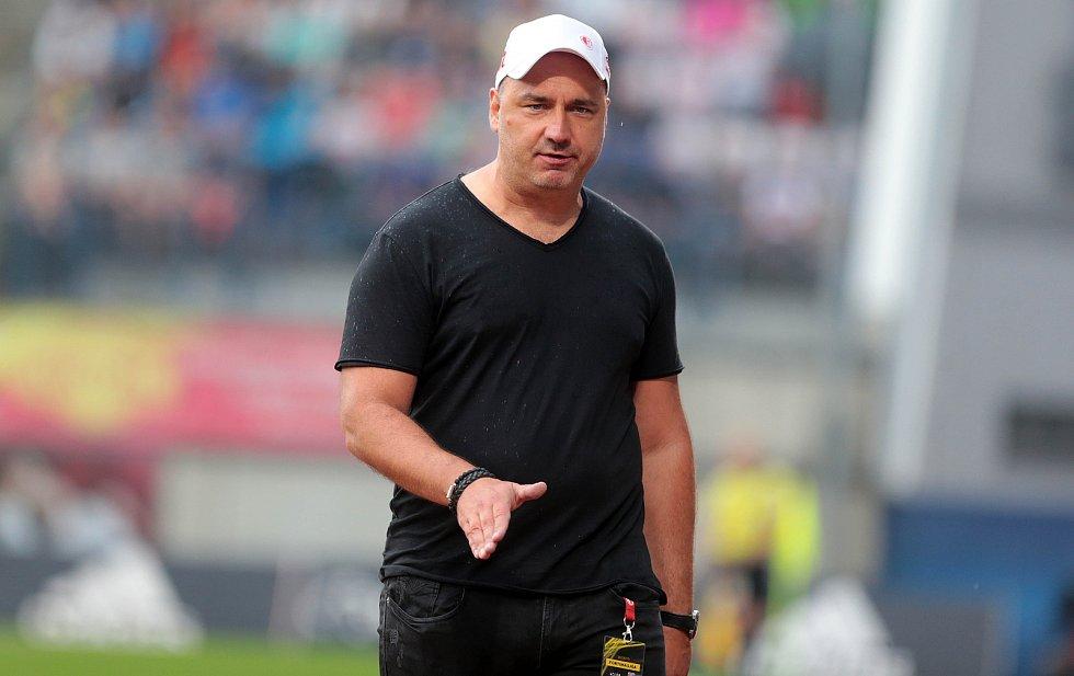 SK Sigma - Slavia Praha. Jindřich Trpišovský