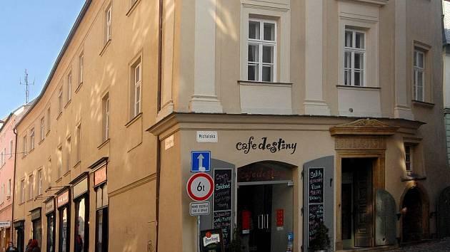Dům U Zlaté štiky v Olomouci.