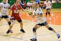 Veronika Hejtmánková u míče